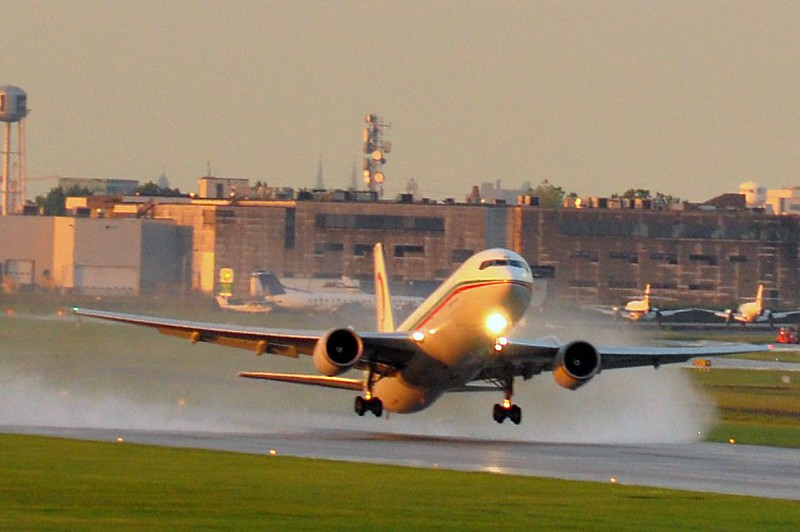 Royal Air Maroc CN-RNT Boeing 767 - décollage - take-off