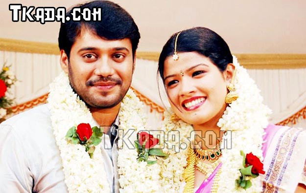 actor-bala-idea-star-singer-amrutha-suresh-engagement-wedd