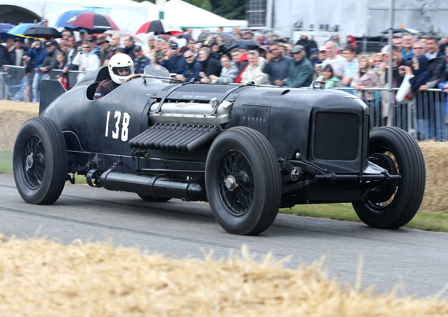 Packard Bentley | Chris Williams latest monster, the 12 cyli