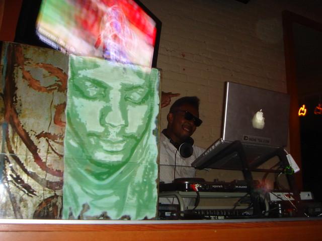 DJ Damon Howard