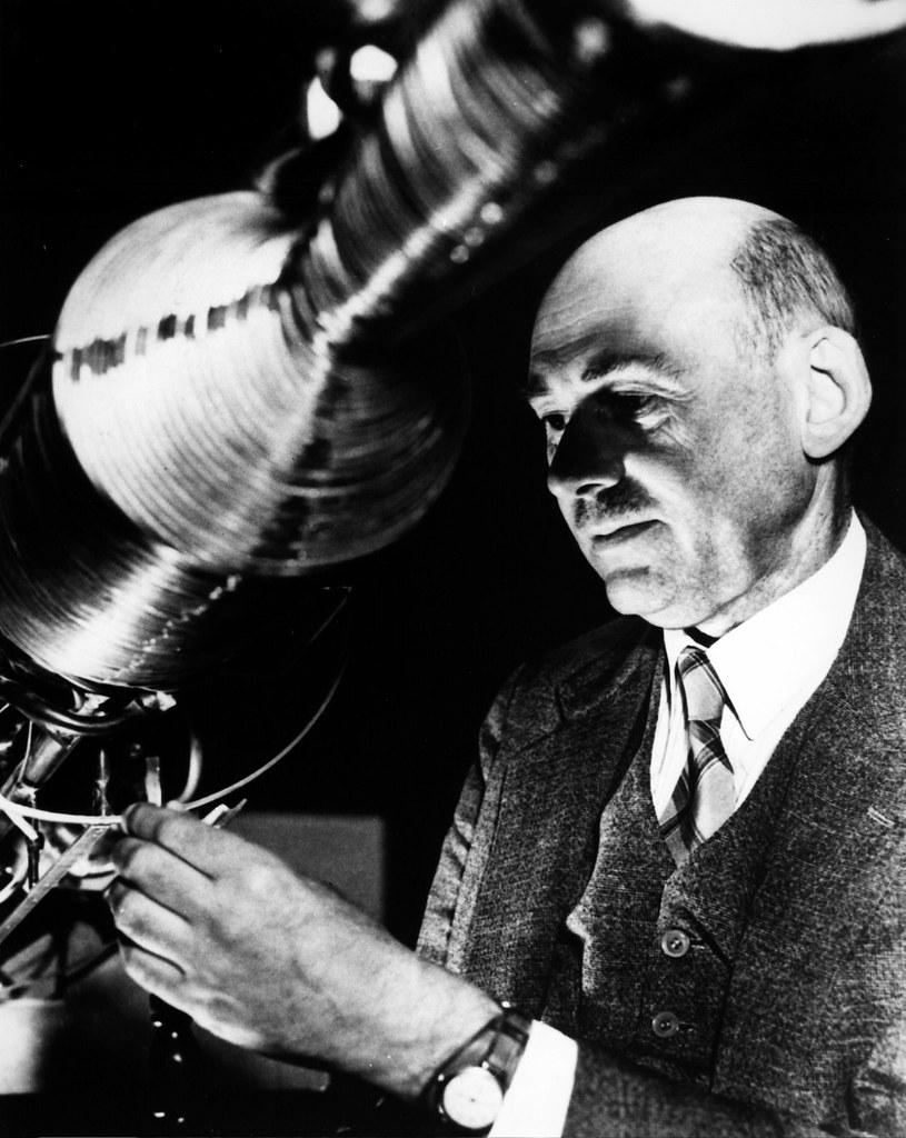 Dr. Robert Goddard
