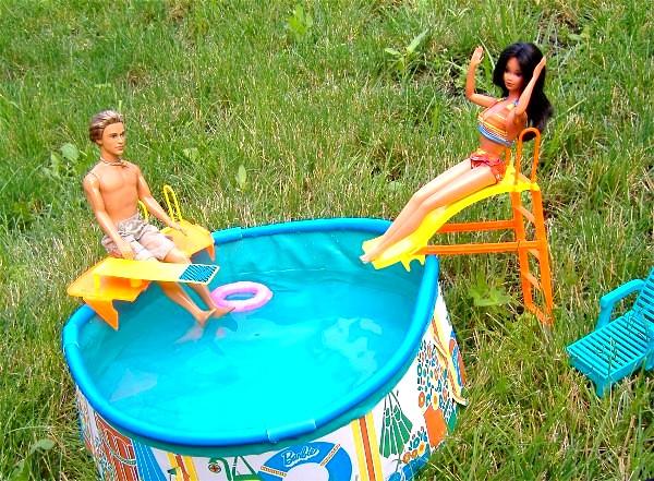 Marisleysis & Blaine pool #7