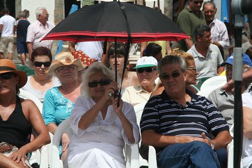 Público en el Muelle Chico