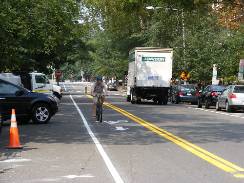 Contraflow Bike Lanes | by DDOTDC