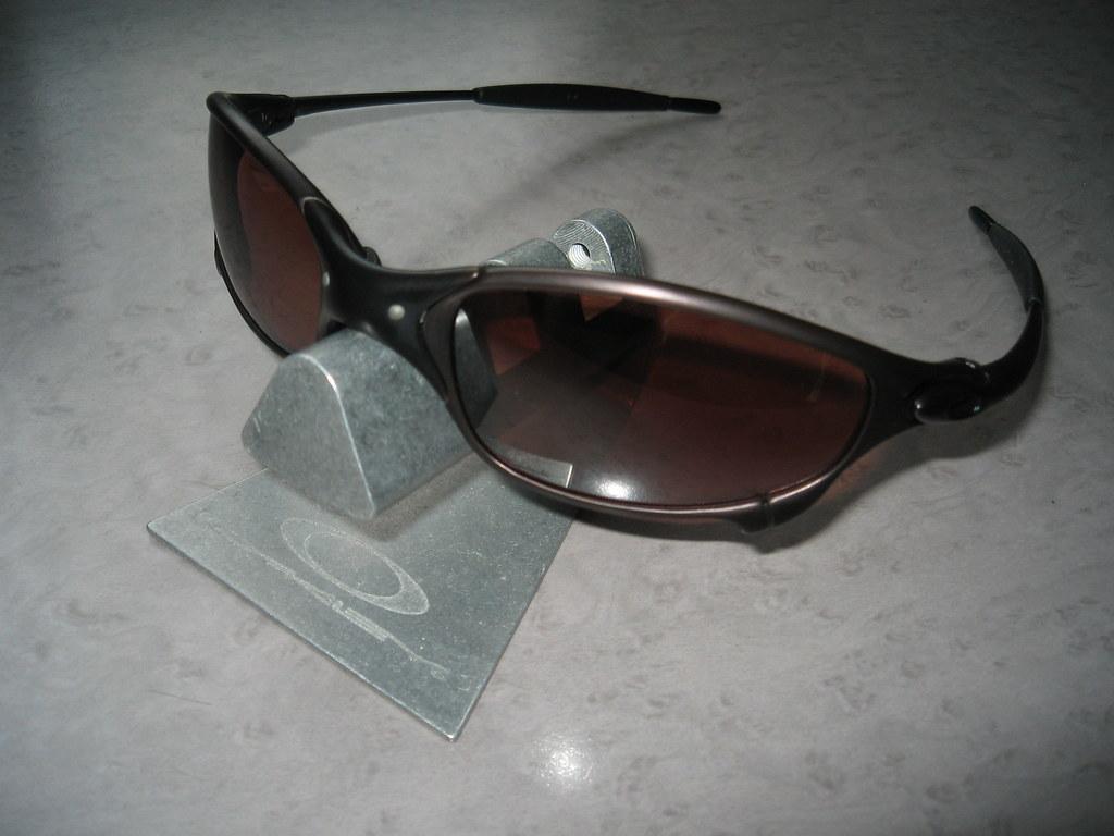 fedae7520 Oakley Juliet® Brown w/VR28 Black Iridium   Oakley Juliet® B…   Flickr