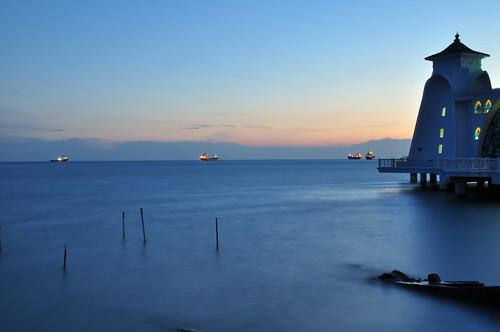 blue sunset evening nikon malaysia melacca melaka 2010 d90 pulaumelaka 马六甲 melaccastraits melaccaisland 马六甲岛