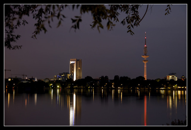 Hamburger Alster 24061012