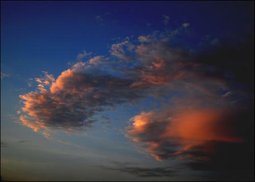 blue sunset red sky orange clouds high d5000 antopix