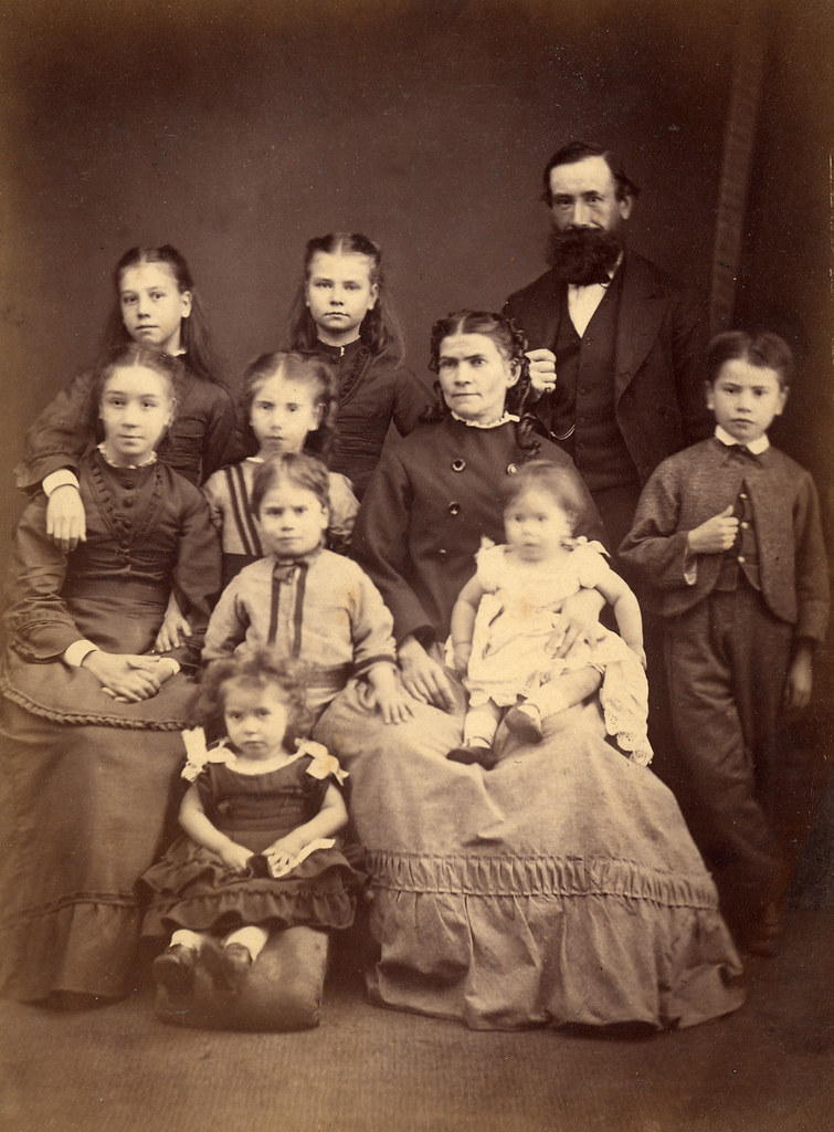 Another large Victorian family