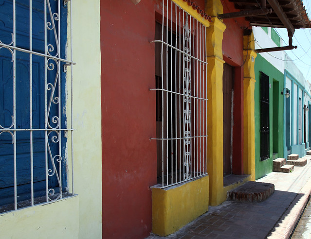 Serie Case Cuba - Camaguey Colours