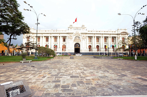 Hoy día de elecciones Presidenciales | by Congreso de la Republica del Perú