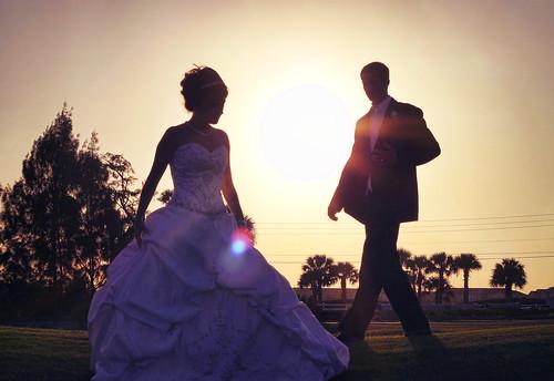 wedding sunset woman man love silhouette youth golf lens solar couple florida course tango flare timeless verobeach cymk