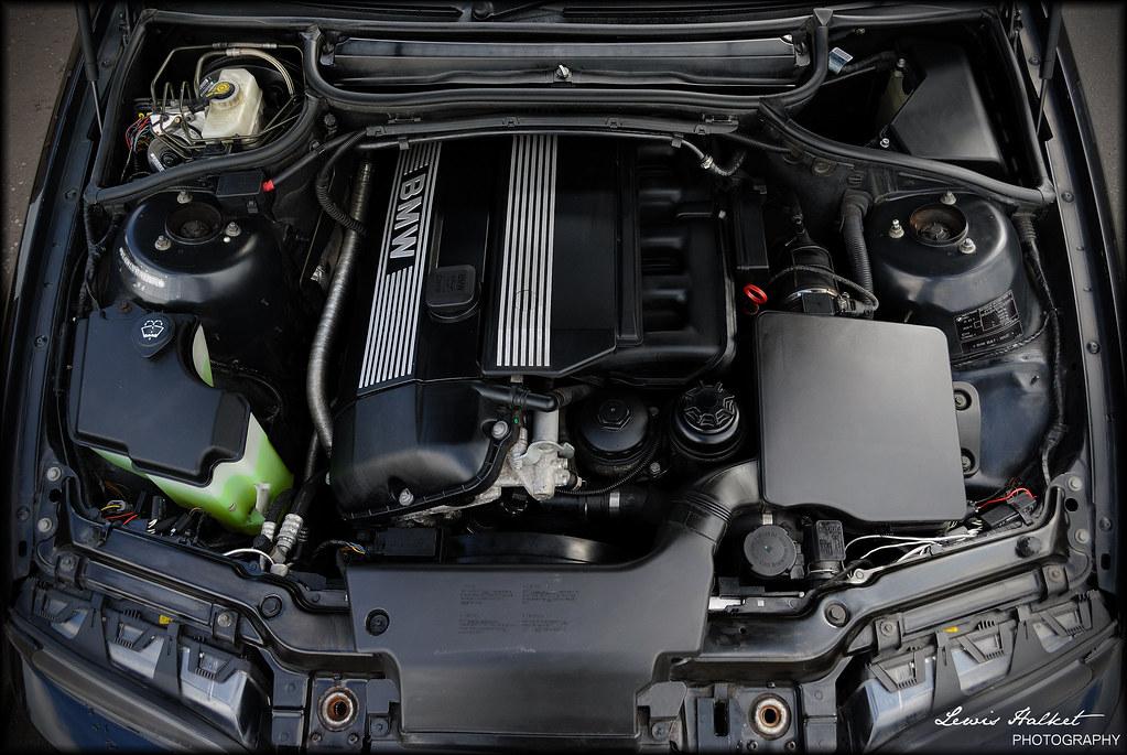 E46 Engine Bay Engine Bay Of My E46 Bmw Lewis Halket Flickr