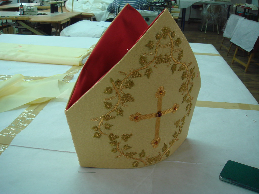 Papal mitre in production (2)