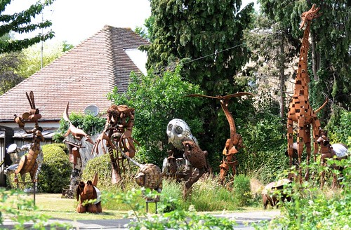 Part of Tony hilliers front garden for more = http://www.hilliersculpture.co.uk/ | by grahamfkerr