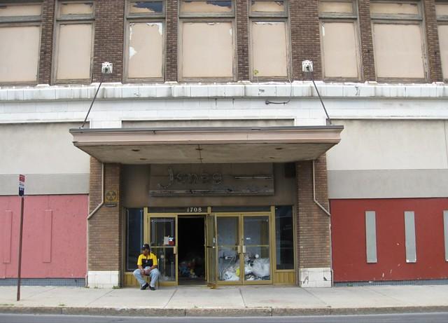 Niagara Falls NY ~ Jenss Deapartment Store