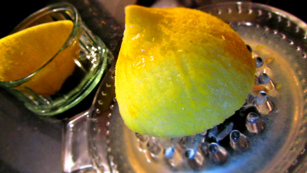 Freshly squeezed lemon juice