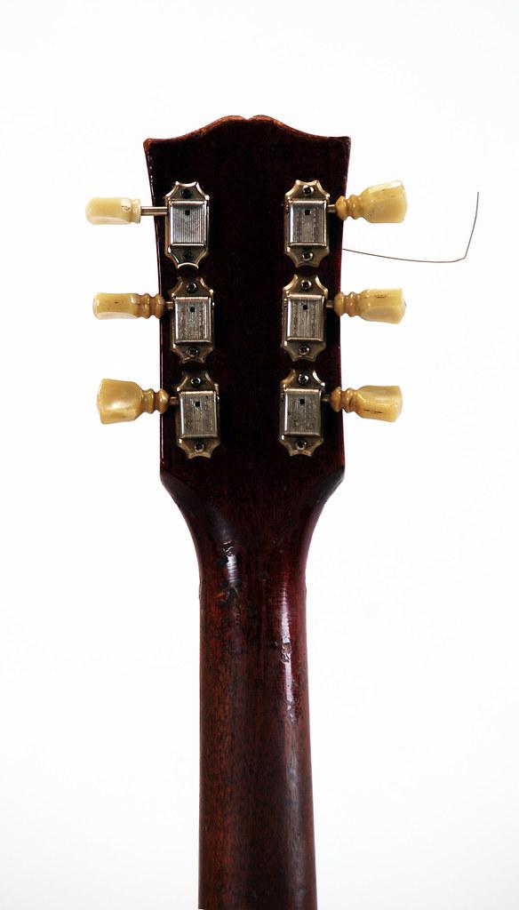 Dating Gibson SG gitarer