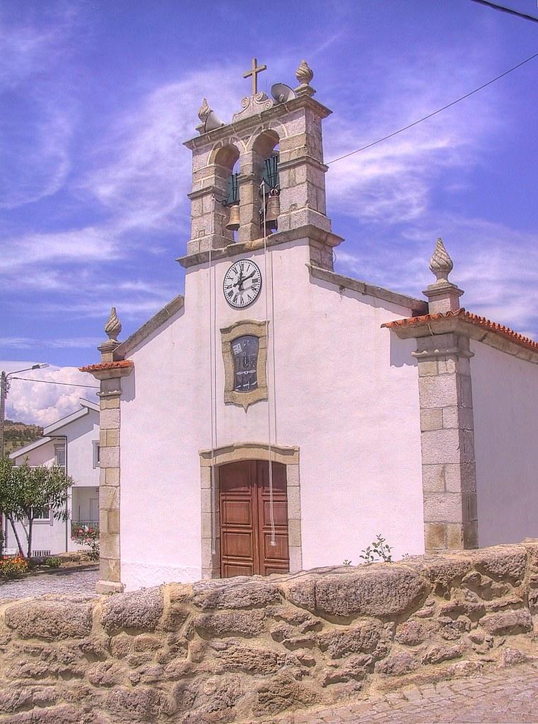 Igreja Matriz de Vale das Fontes by Frans Harren