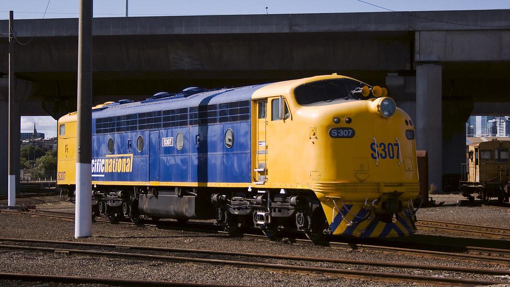S307 at Dynon by michaelgreenhill