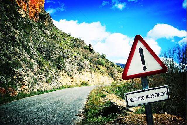 Peligro indefinido / undefined danger