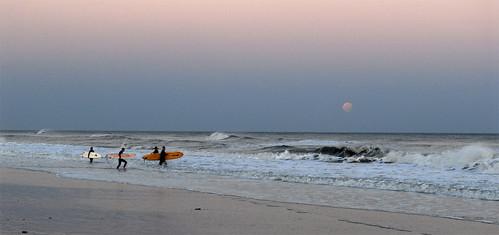 ocean 15fav moon 510fav wow surfer atlantic d200 stephenadcox
