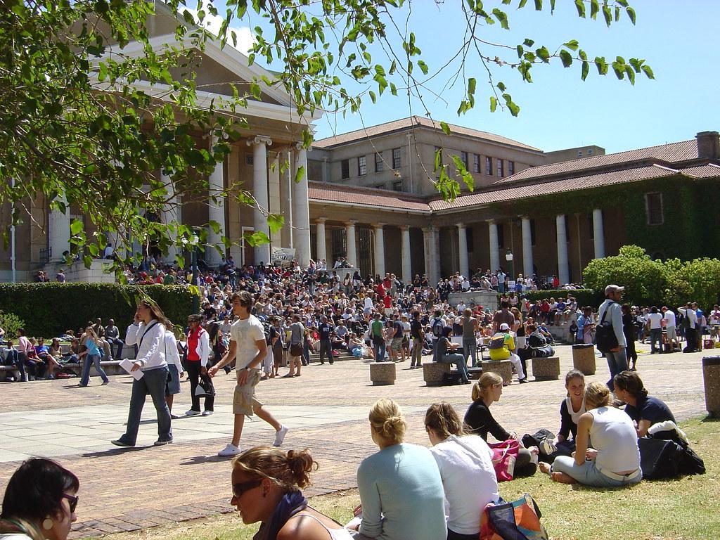 The University of Cape Town | Jameson Hall/Jammie Plaza duri
