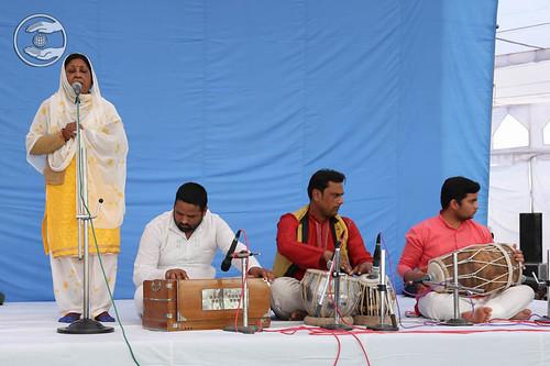 Devotional song by Sobha Nepali from Dehradun
