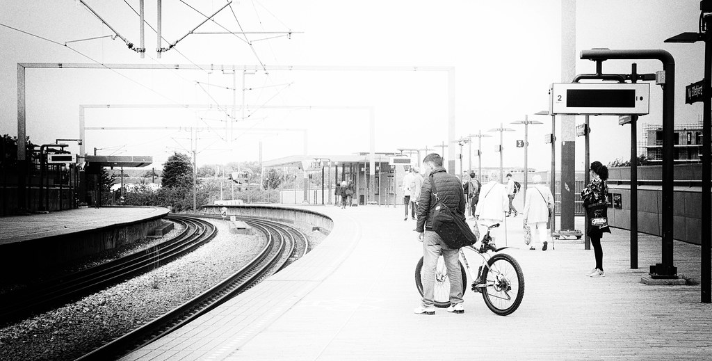Waiting - New Ellebjerg S-train station