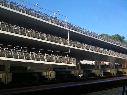 4-floor bicycle parking garage - Amsterdam | by kanenas.net