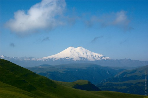 Elbrus | by Hombit