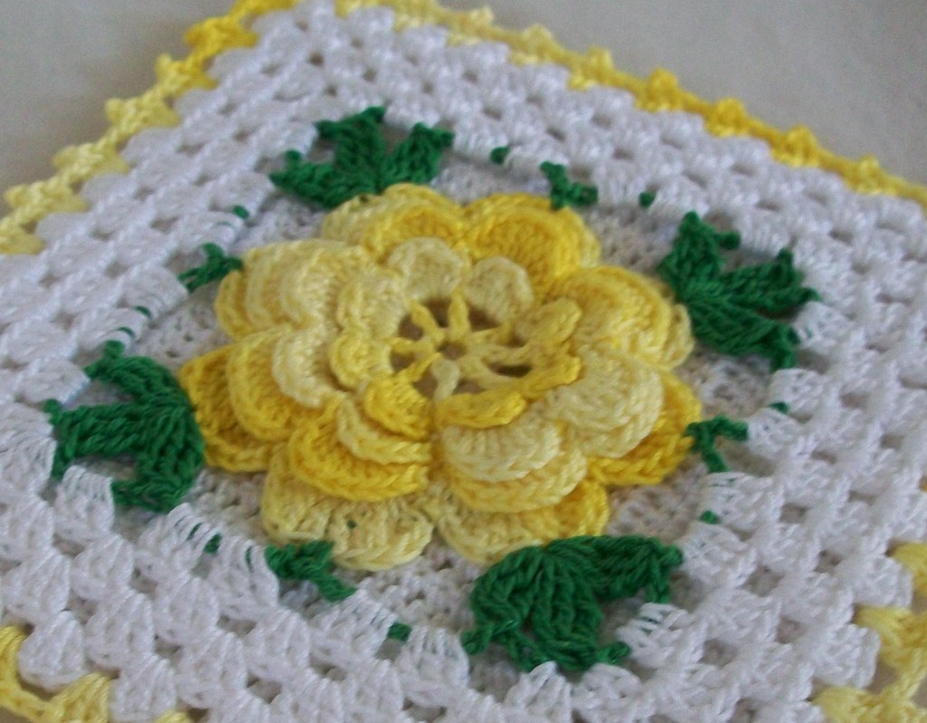 Vintage Style Thread Crochet Potholder In Shaded Yellow Flickr