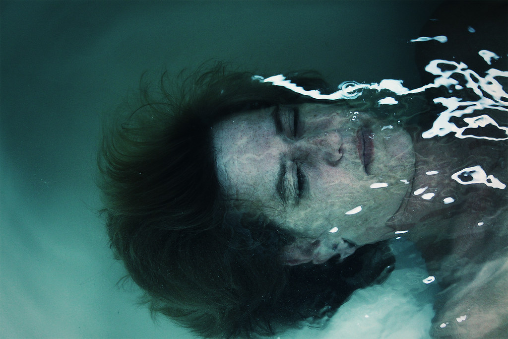 nr. 306 - Under the surface by mevrouwmikmak
