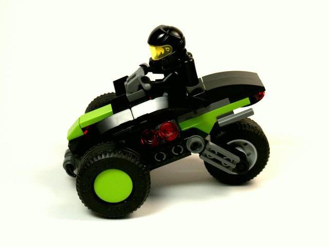 Blacktron III - Tri-wheeler [pic.3]