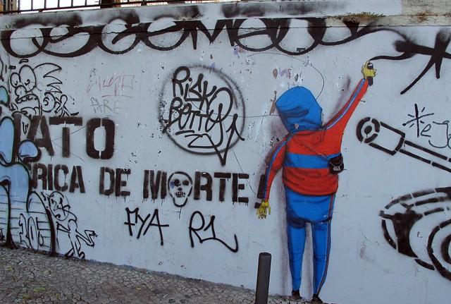 Os Gemeos at St. Catarina park