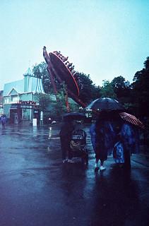 rain ain't gonna stop us!   by jojonas~