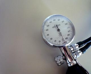Manometer   by Rosmarie Voegtli