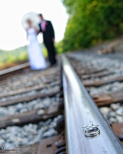 railroad wedding groom bride nikon couple dof tracks rings franz weddingrings railroadtracks d90 theridges essman ohioweddings eclipsecompanytown ohioweddingphotographer morristownephotography theplainsoh athensohioweddings