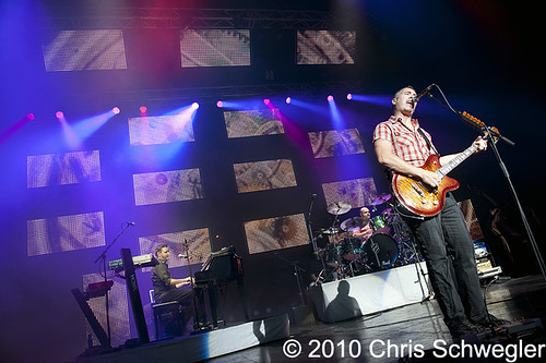 40 photos of Barenaked Ladies at DTE Energy Music Theatre
