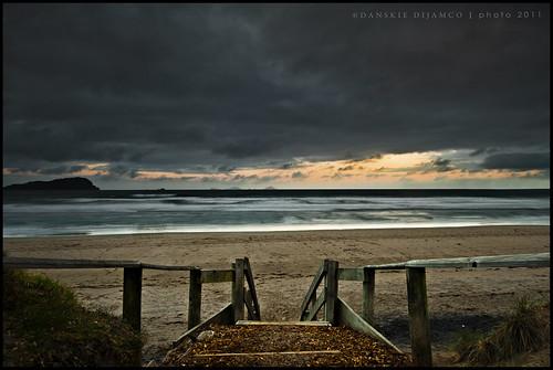 wood longexposure sunset newzealand mountains beach clouds stairs dawn interesting sand exposure roadtrip surfers accomodation coromandel 1635mm softsand nikond700 pauanuibeach nikon1635mmf4