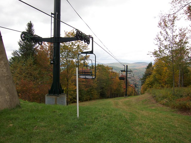0:22:05 (56%): hiking newhampshire holtsledge holtschair