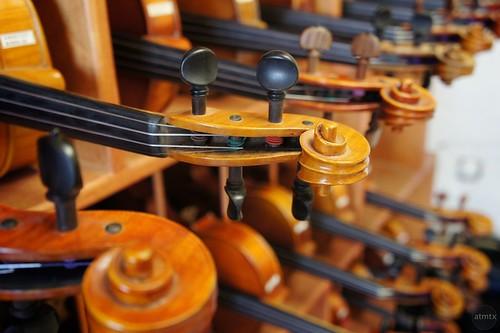 austin texas bokeh violins blackerbyviolinshop violinnecks