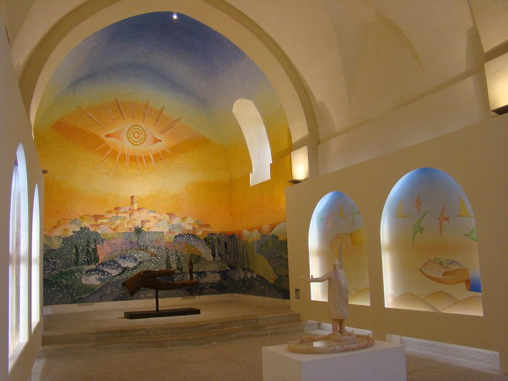 Saint Paul De Vence Art saint paul de vence (france), chapelle des pénitents blanc