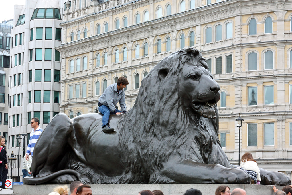 Sculptured by Sir Edwin Landseer Castings by Baron Carlo Marochetti Installed 31st January 1867.