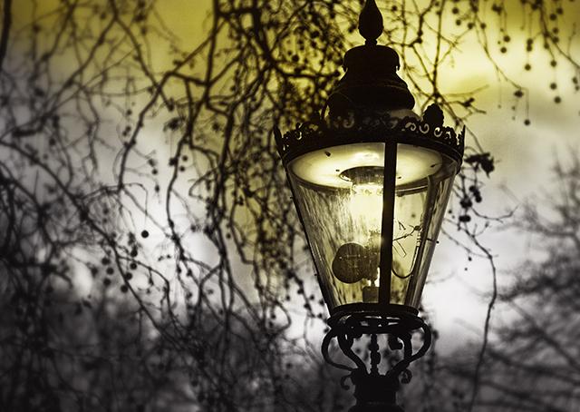 London gas lamp