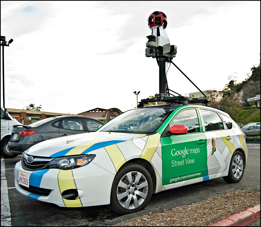 Google Maps Car Street View Bumped Into The Google Maps Flickr