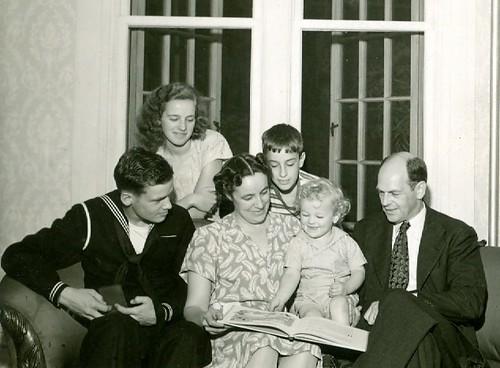 family, 1945