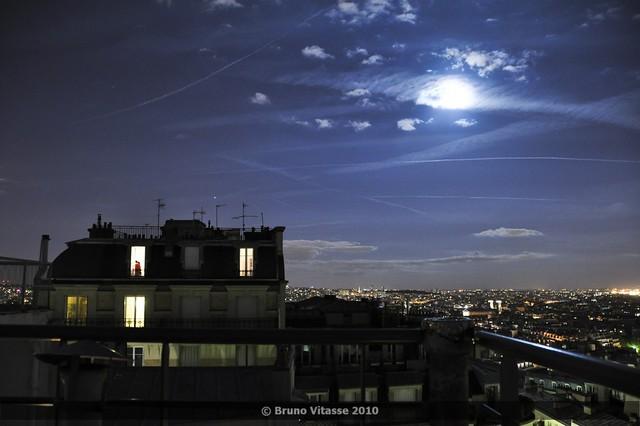 Montmartre connexion night #03 (vue de la butte)