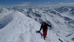 Pavel pár kroků před vrcholem.