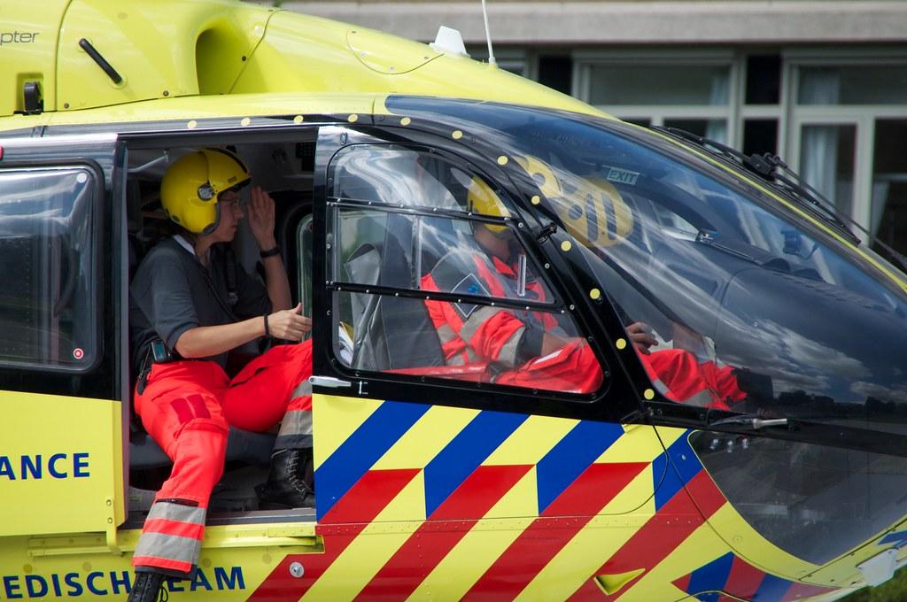 Traumahelikopter Bij Rode Kruis Ziekenhuis Haga Mabro Flickr